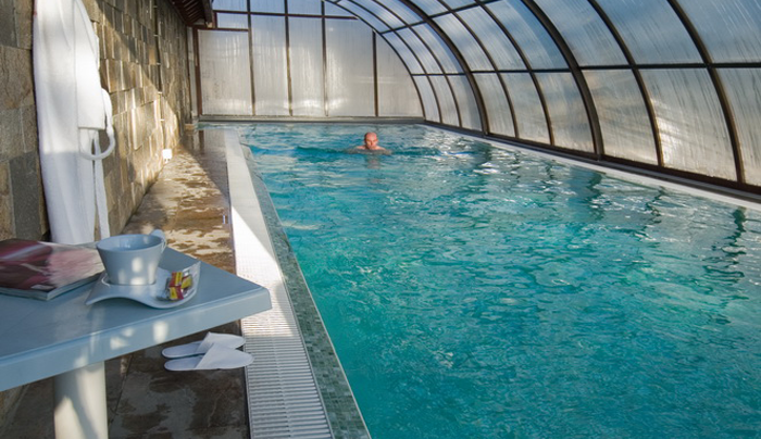 spa-hotel-ynikat-pool